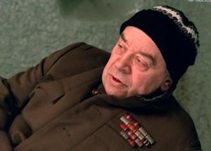 Бакурин Семен Ефремович, полковник в отставке в отделе милиции. Скриншот с фильма Небеса обетованные