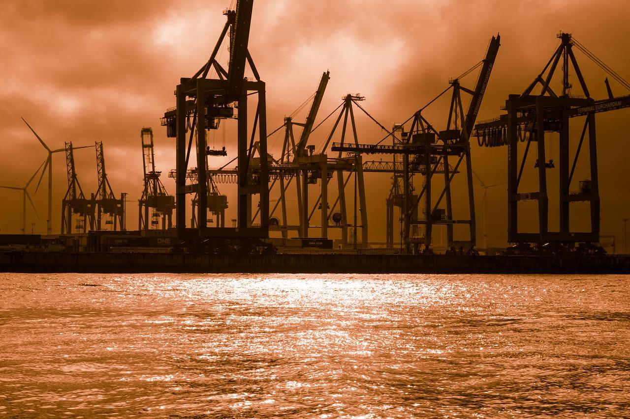 Кран, судостроение, доки, судно